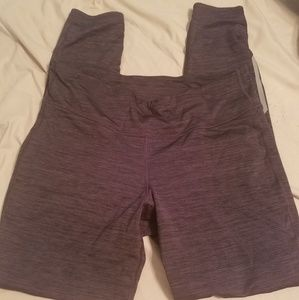 Lot of two Old navy active leggings size large